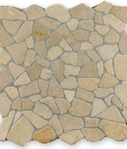 CRUSH Cream sind Flache Marmor Bruchstein Mosaike in diversen Farbtönen.