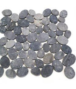 PEBBLE Grey Kiesel Flusssteine ganz und flach geschnittene in diversen Farben.
